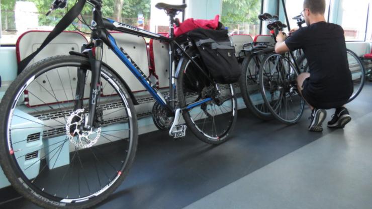 Obowiązkowe miejsca na rowery w pociągach. Rada UE przyjęła nowe przepisy