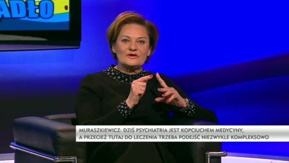 Krzywe zwierciadło - Lucyna Muraszkiewicz
