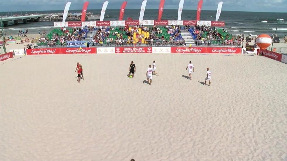 Piłka nożna plażowa - mecz pokazowy